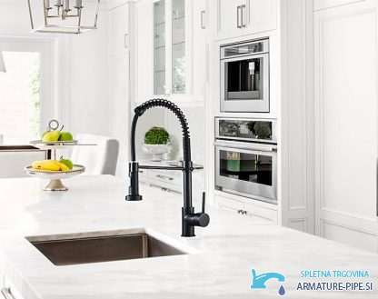 Crna Kuhinjska Armatura Kb1507 Izvlecna Pipa Za Kuhinjo V Crni Barvi 3